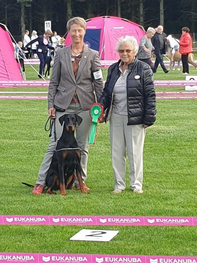 Today we had fantastic day, at the Norwegian Kennel Club's international show in Rogaland.